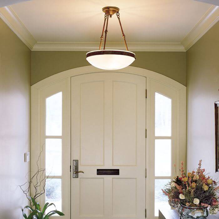 Genuine alabaster pendant lights for dining rooms, living rooms, foyers and bedrooms.