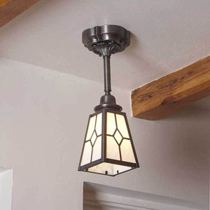 Traditional one light pendant with lantern shade