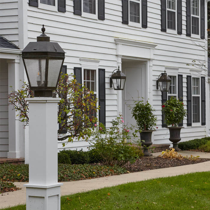Lanterns For A Colonial Revival House